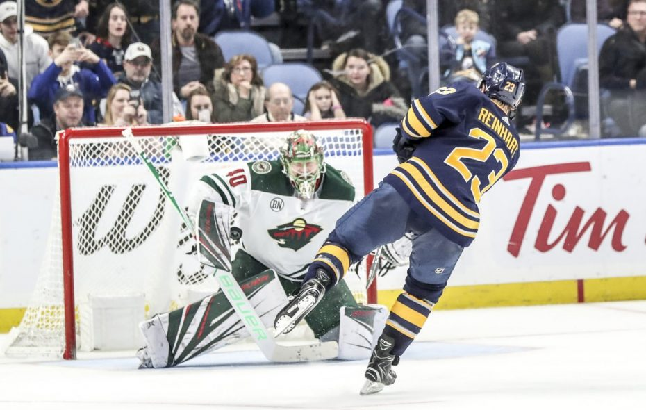 Buffalo Sabres winger Sam Reinhart scores in the third shootout round Tuesday night. (James McCoy/Buffalo News)