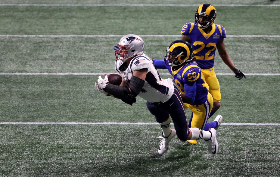 Rob Gronkowsk catches a 29-yard reception in the fourth quarter  (Patrick Smith/Getty Images)