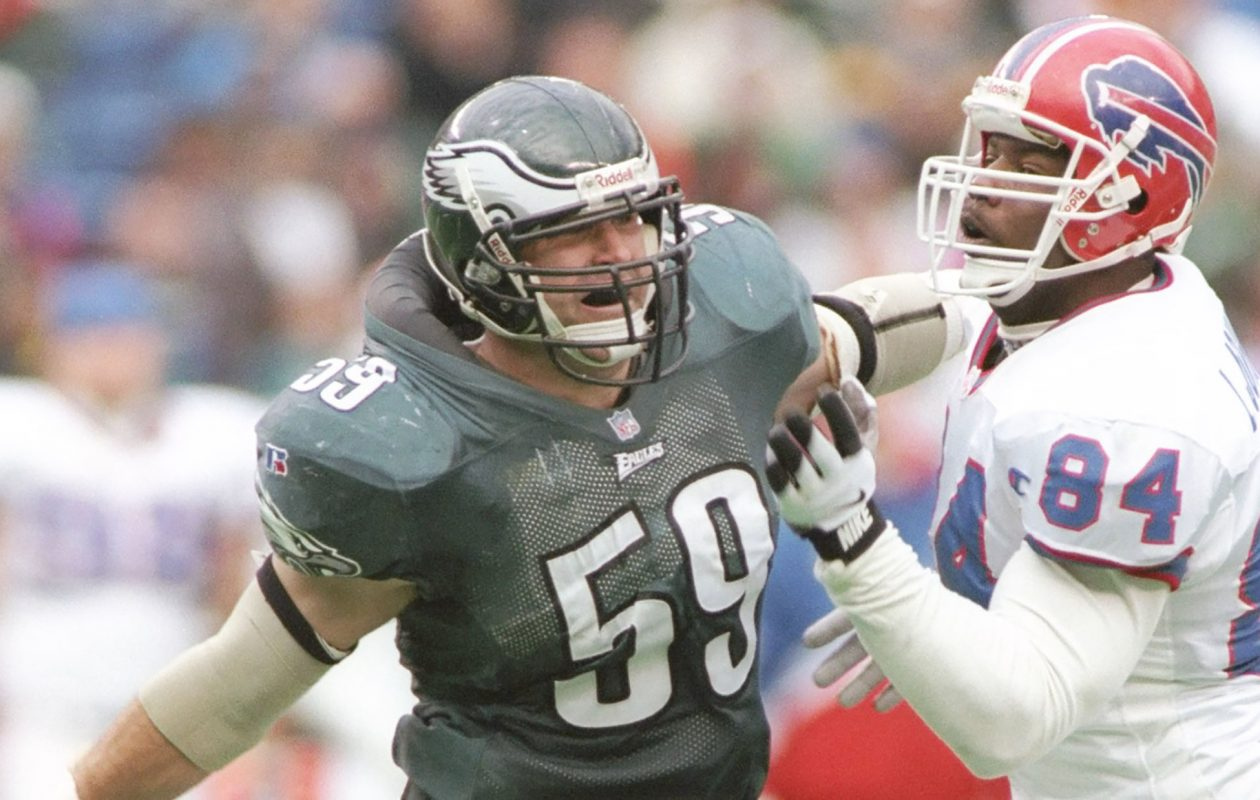 The Eagles' Mike Mamula stares into the backfield as he battles with Lonnie Johnson of the Bills during a 1996 game. (News file photo)