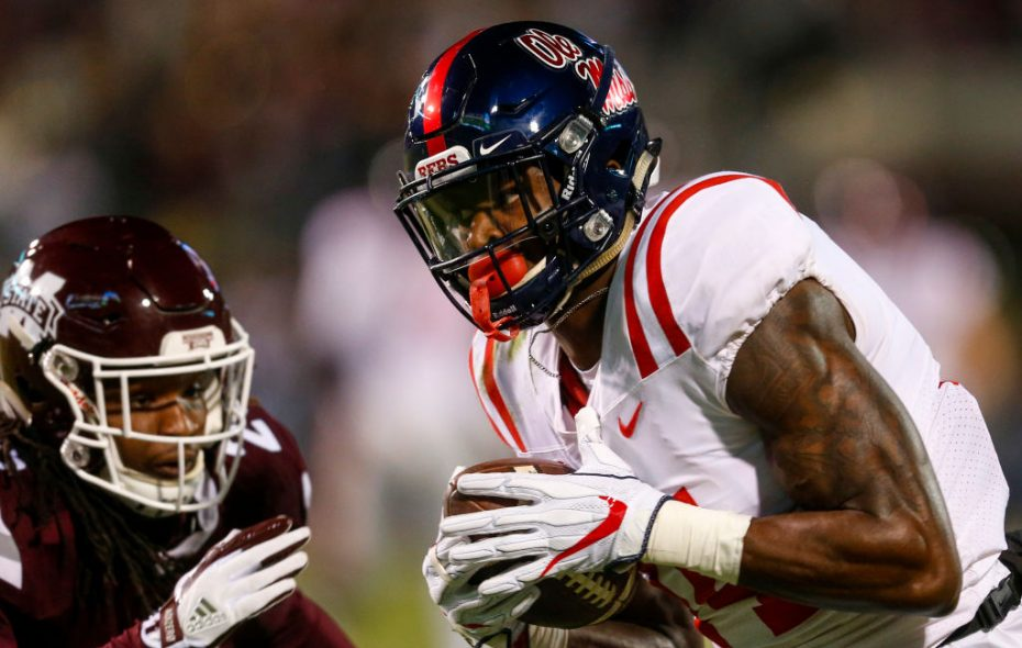 D.K. Metcalf of Mississippi catches a pass in 2017. (Getty Images)