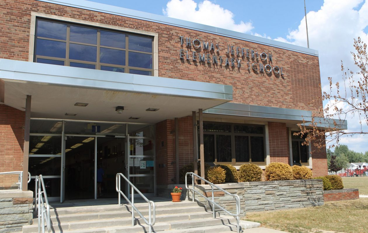 Tonawanda to lease former elementary school for town youth programs