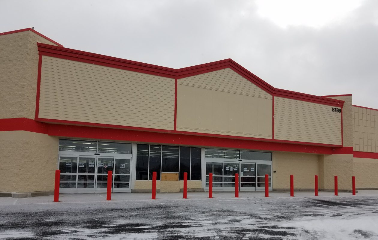 The former Walmart on South Transit Road in the Town of Lockport, soon to reopen as a Runnings store. (Thomas J. Prohaska/Buffalo News)