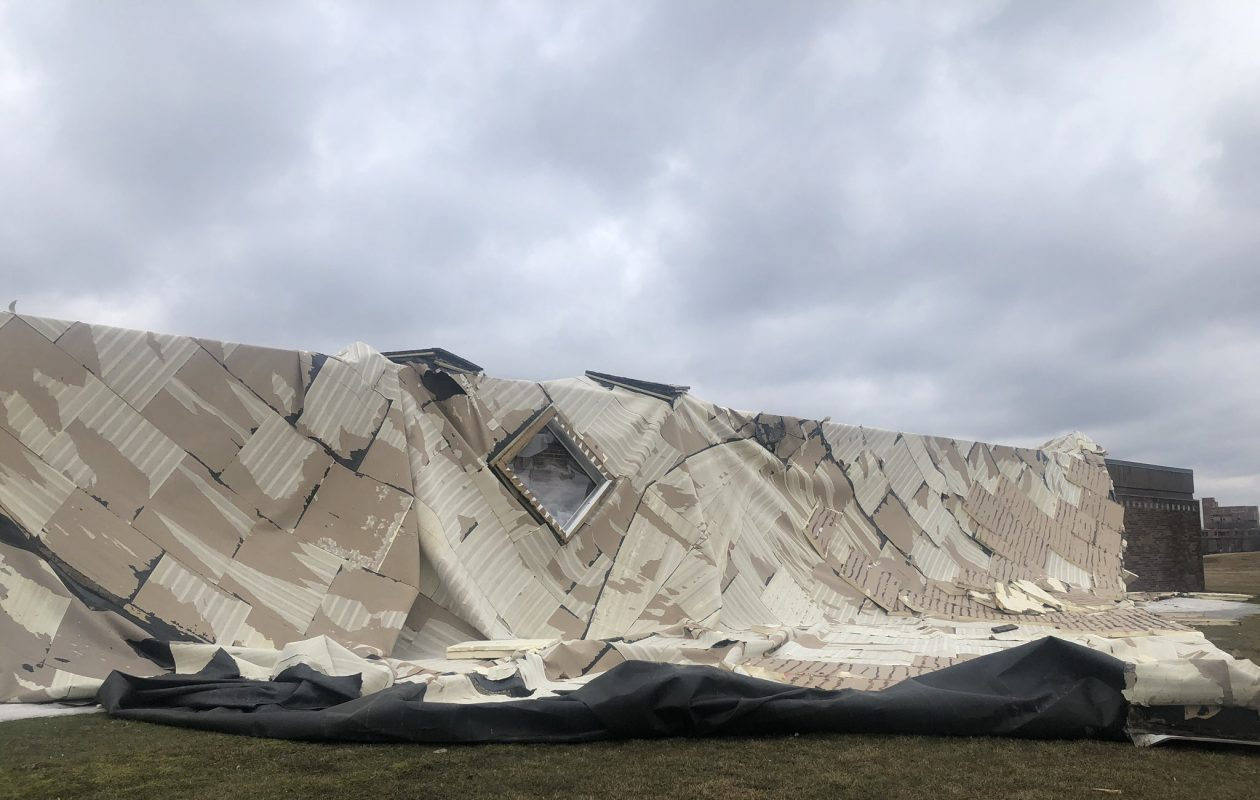 Part of the roof of the University at Buffalo's bookstore on its Amherst campus was ripped off by high winds on Sunday. (Benjamin Blanchet/The Spectrum, University at Buffalo)