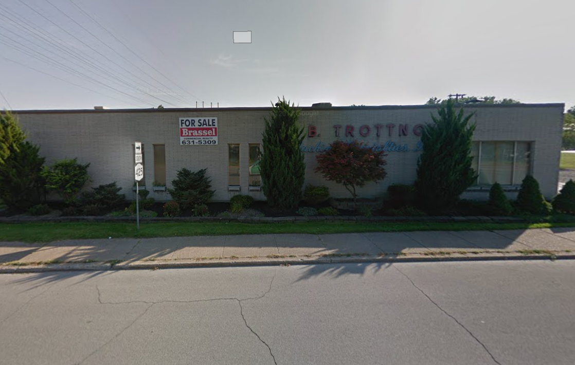 P&D Construction acquired this property at 330 East Niagara St. in Tonawanda. (Google Maps)