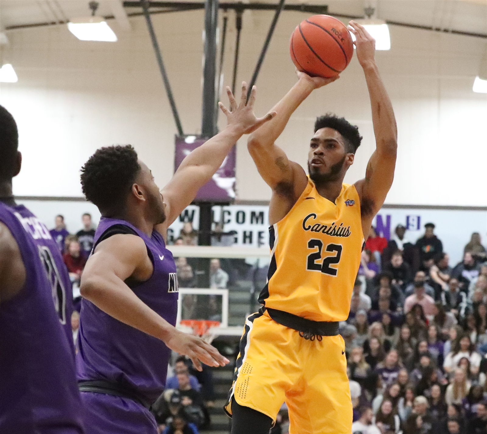 Poor second-half shooting sinks Canisius in loss to Manhattan