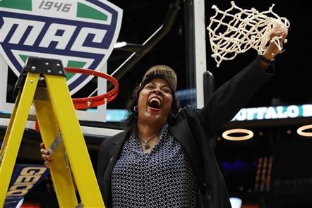 UB women win MAC championship, head to NCAA Tournament