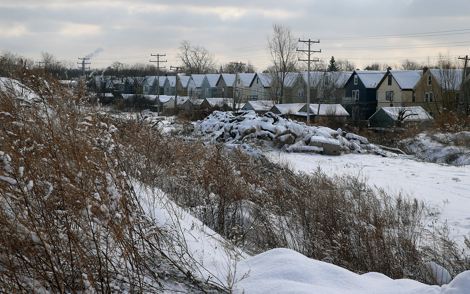 Colvin Estates selling out, but unhappy neighbors confront