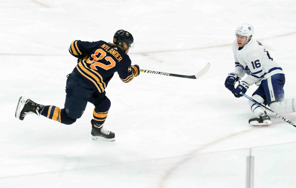 Buffalo Sabres winger Alex Nylander shoots in the third period Wednesday against the Toronto Maple Leafs in KeyBank Center. (James P. McCoy/Buffalo News)