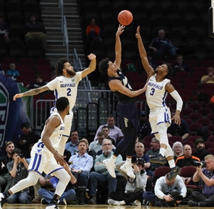The Buffalo Bulls win 82-46 over the Akron Zips in the quarterfinals of the MAC Championship on Thursday, March 14, 2019.