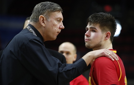 It's the end of the road for Olean and its longtime boys basketball coach Jeff Anastasia. Unbeaten Olean lost to Glens Falls 83 to 63 before an estimated 3,000 at Floyd L. Maines Memorial Arena in Binghamton Friday, March 15, 2019.