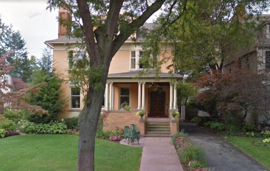 This home at 94 Oakland Place was sold by Eric and Richard Stenclik, for $1.3 million. (Google)