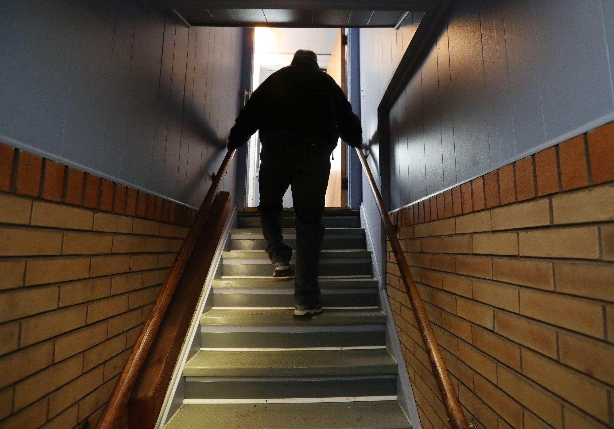 After veteran dies in fall, push for elevator intensifies at American Legion post