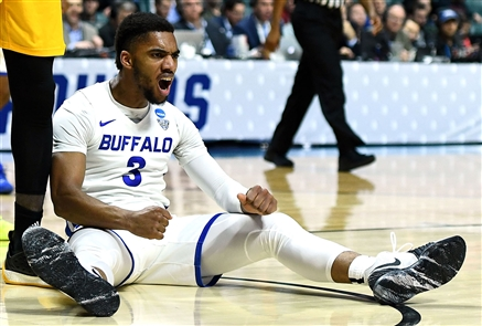 UB Bulls men, 91, Arizona State 74