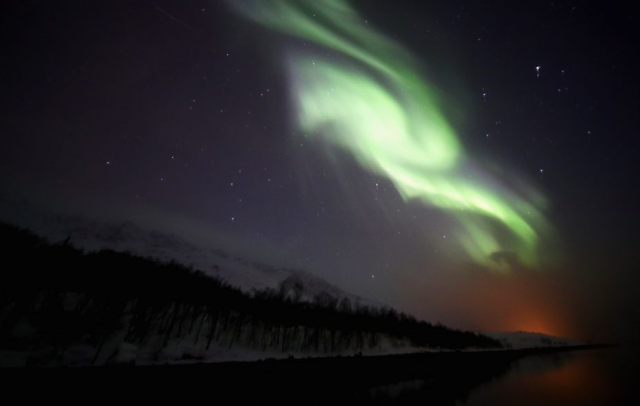 A general view of the Aurora Borealis or Northern Lights between Jokelfjord and Alteidet on March 29, 2017 in Troms, Norway.  (Getty Images)
