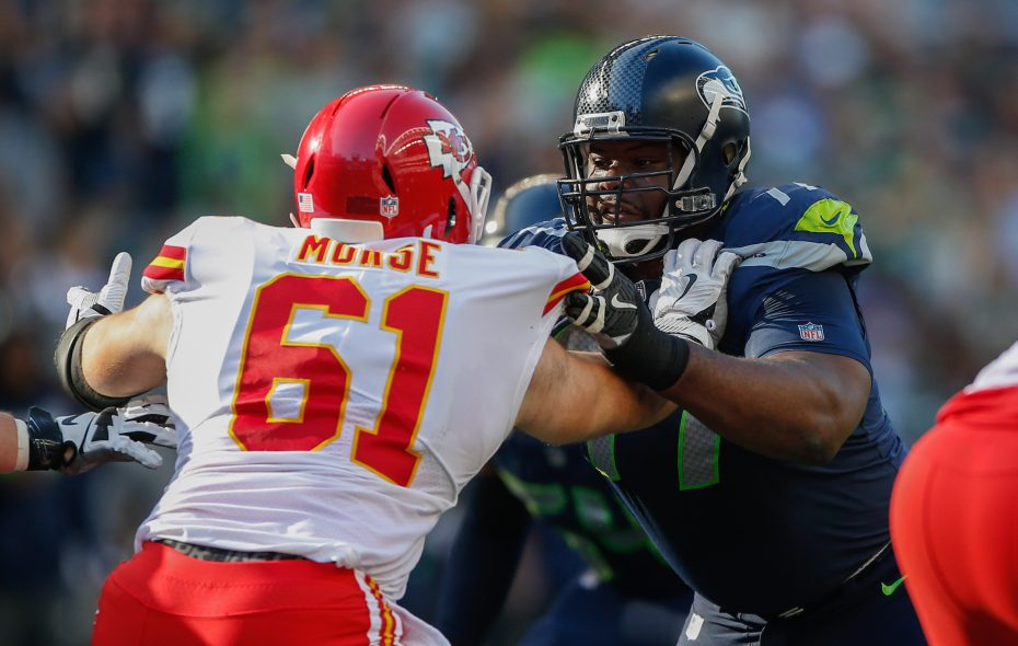 Seattle defensive tackle Ahtyba Rubin battles Kansas City's Mitch Morse in 2017. (Otto Greule Jr/Getty Images)
