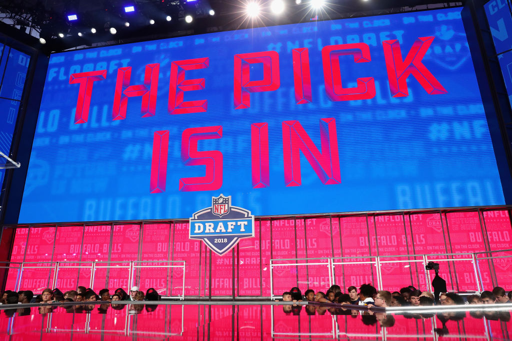 A video board displays the text 'THE PICK IS IN' for the Bills during the first round of the 2018 NFL draft at AT&T Stadium on April 26, 2018. (Getty Images)