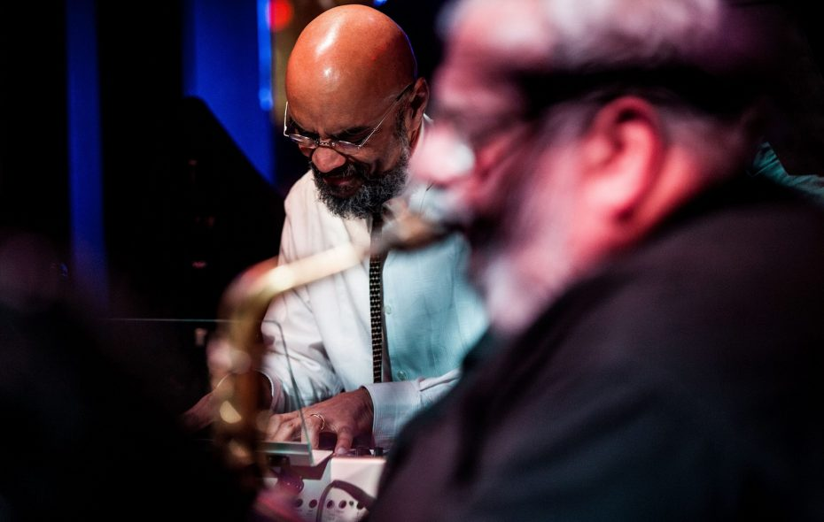 George Caldwell, with Bobby Militello in foreground. Both musicians are UB Jazz department faculty members. (News Archive Photo)