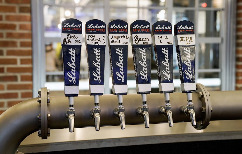 The new Labatt Brew House offers test batches to taste— perfect for beer adventurers. (Dave Jarosz)