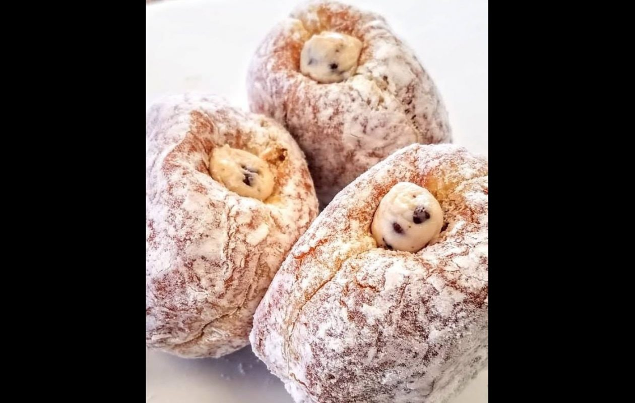 Sales from the cannoli-filled doughnut from Paula's raised more than $60,000 for Hospice. (via Paula's)