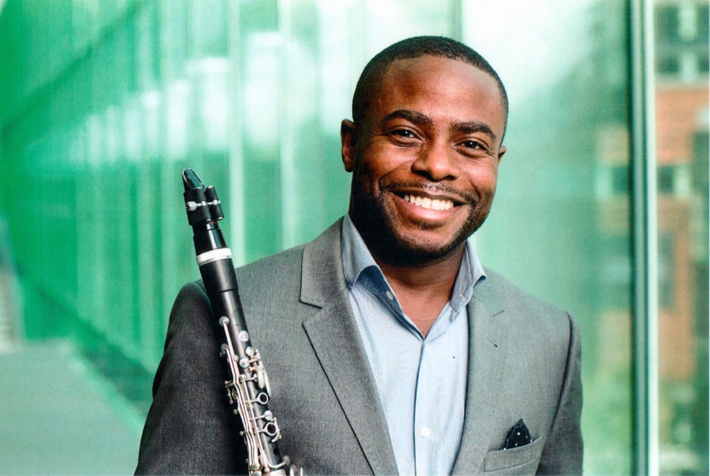 Anthony McGill was the guest soloist for the Buffalo Philharmonic Orchestra's performance of Copland's Clarinet Concerto. (Photo by  Matthew Septimus)