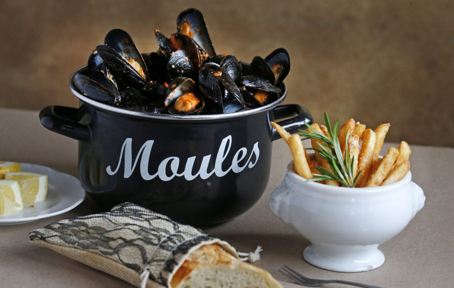 Portuguese mussels with frites and bread at Coco. (Robert Kirkham/Buffalo News)