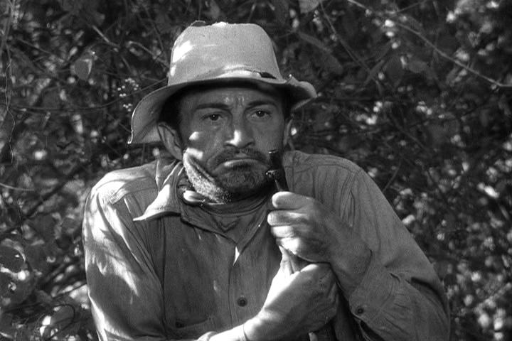 Paul Fix as Bindle Jackson in the 1945 John Wayne war film, 'Back to Bataan.'