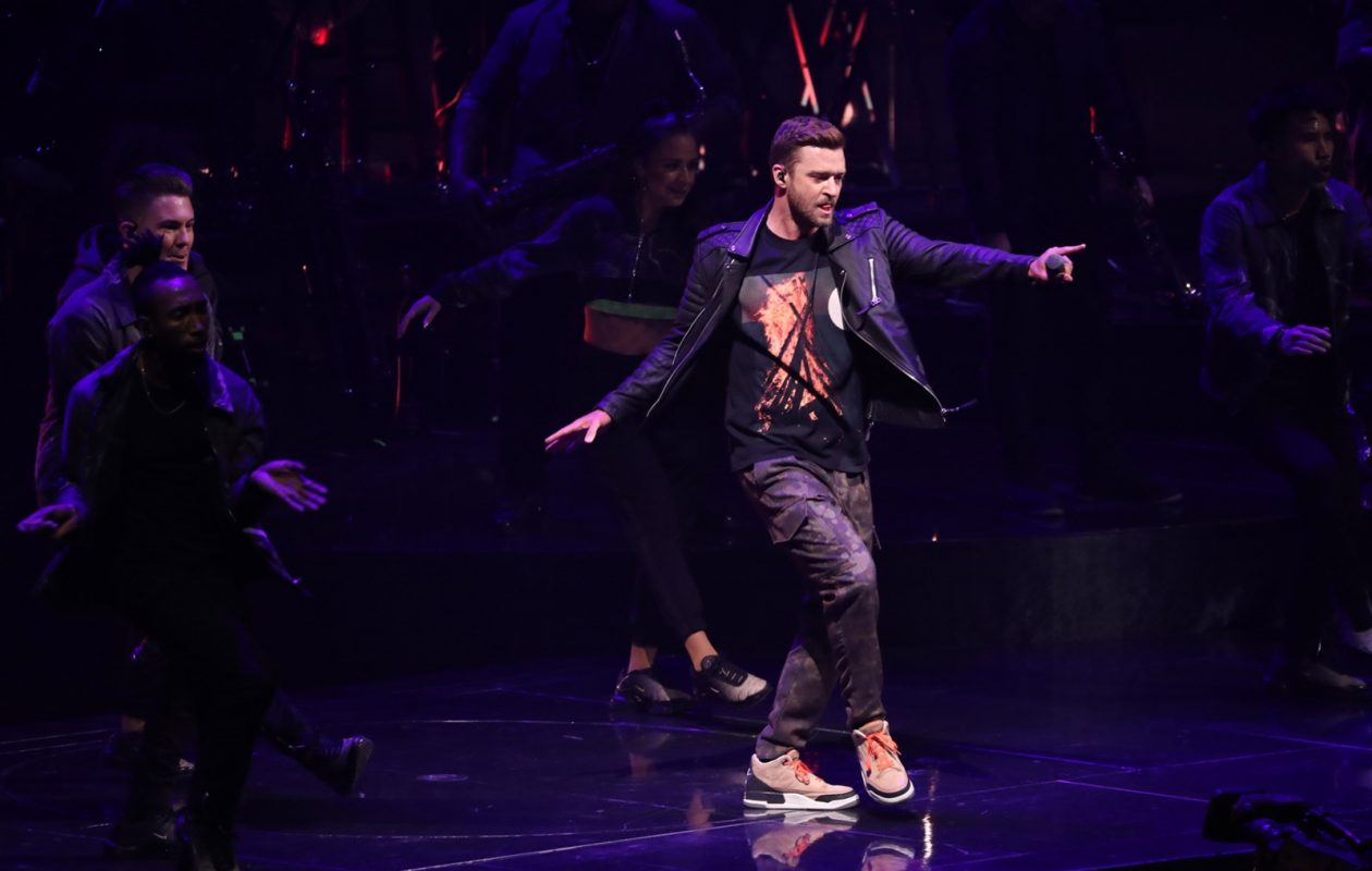Justin Timberlake performs Saturday night in KeyBank Center. (Sharon Cantillon/Buffalo News)