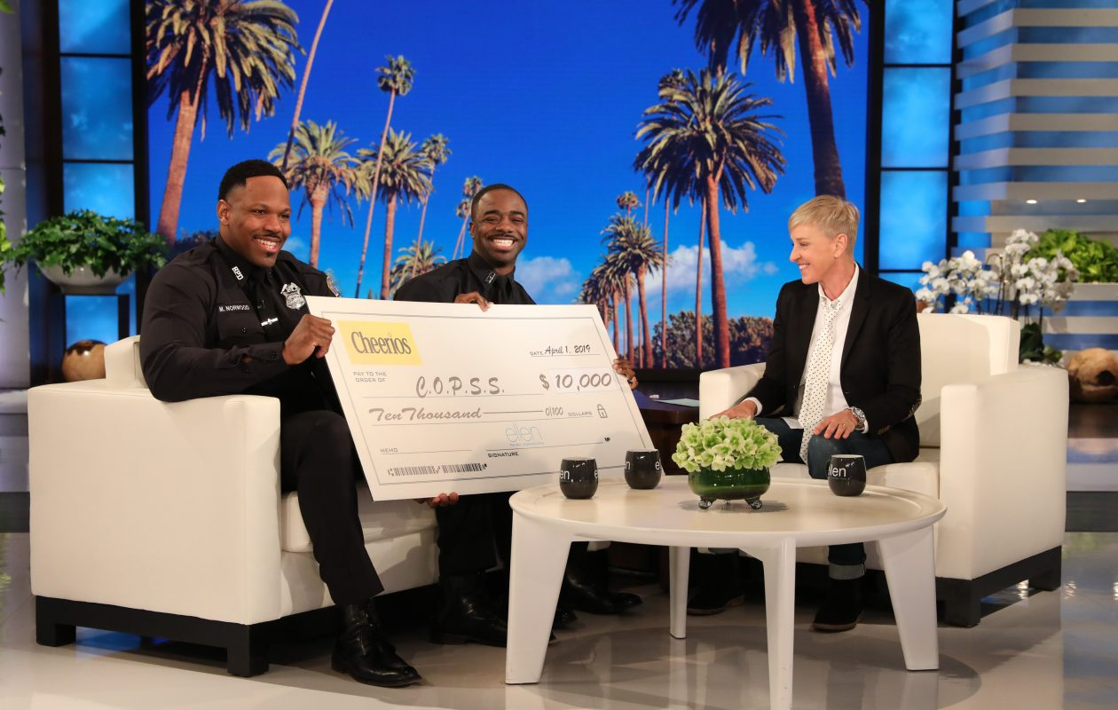 Michael Norwood, left, and Moe Badger received a $10,000 donation to their community organization during their visit to 'The Ellen DeGeneres Show.' (Michael Rozman/Warner Bros.)
