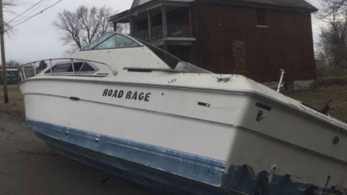 Discarded boat dumped on Niagara Falls street leads to felony charges