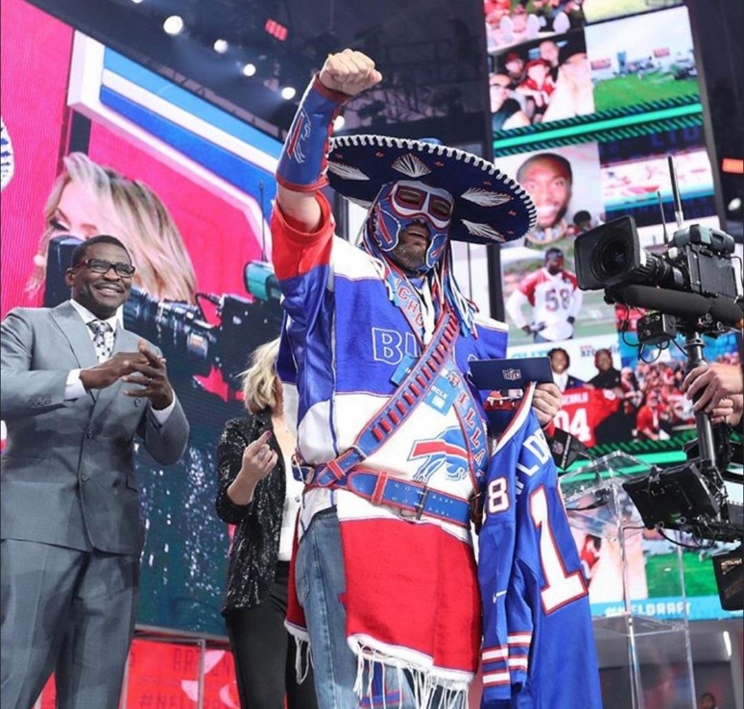 Watch: Pancho Billa calls in Bills' pick at NFL draft ...