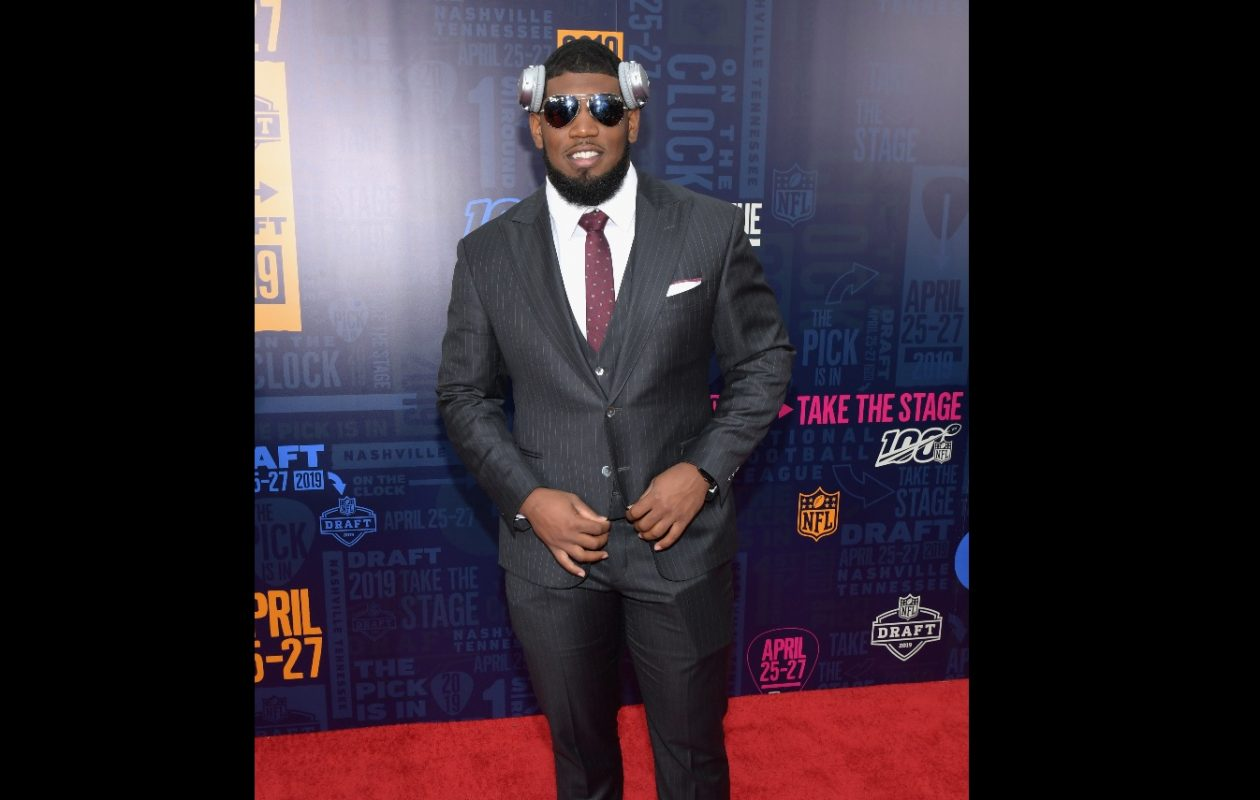 Bills draft pick Ed Oliver tweeted an image of the inside of his sport coat that depicted street graffiti that is over Houston's North Freeway.