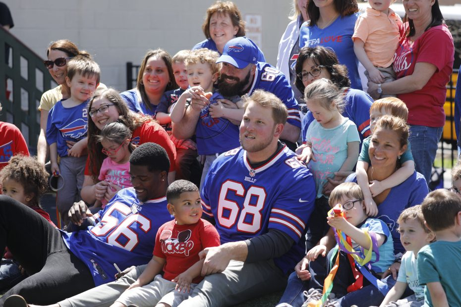 buffalo bills-bornhava-nfl inspire change initiative-mike love-conor mcdermott-mitch morse-2019