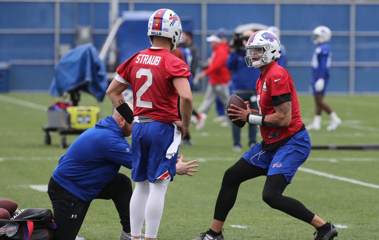 Tyree Jackson (6) drops back to throw during the first day of Bills rookie minicamp  (John Hickey/Buffalo News)