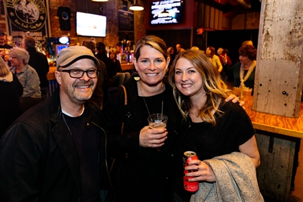 UK singer-songwriter KT Tunstall came through on her rescheduled show from November with a gig on Sunday, May 12, 2019 in Buffalo Iron Works. See her fans who came out.