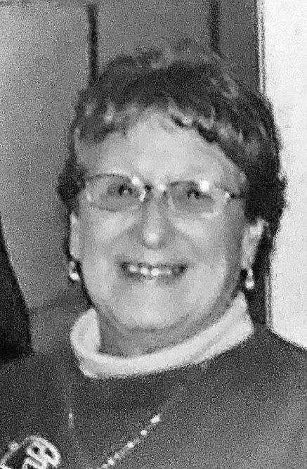 SZABLEWSKI, Elaine M. (Luscom)