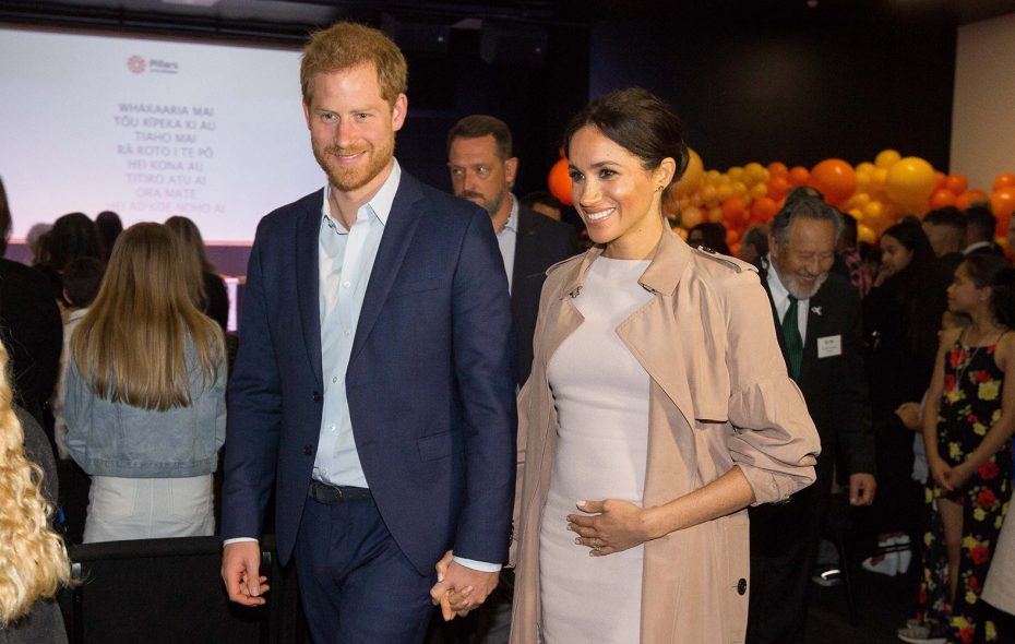 Britain's Prince Harry and his wife Meghan, the Duchess of Sussex arrive for a visit to Pillars, a charity operating across New Zealand, in Manukau City in Auckland on Oct. 30, 2018. (Jason Dorday/AFP/Getty Images)