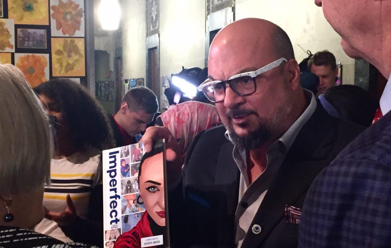 'CSI' creator donates 2,500 books to Buffalo Public Schools
