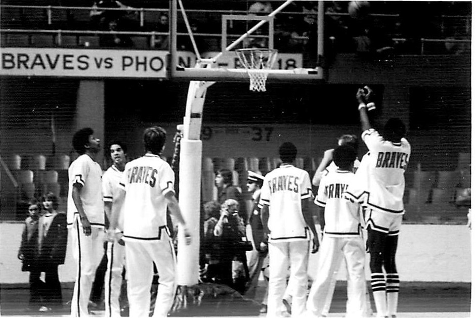 The Buffalo Braves warming up in Toronto during the 1973-74 season, when they played there nine times. (Sun Bear Press photo)