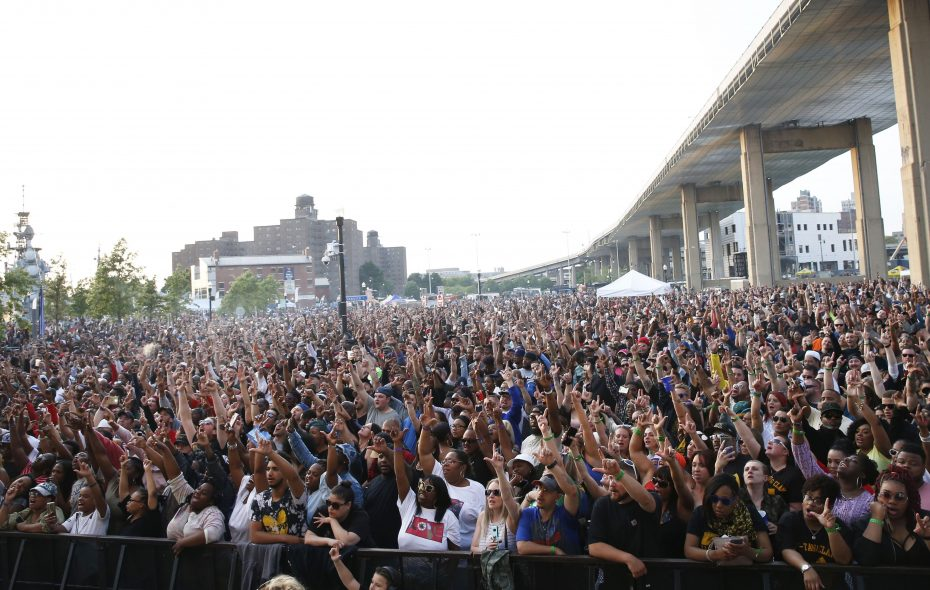 The opening concert for the 2018 Canalside Live season drew a packed audience to see Method Man & Redman. (Sharon Cantillon/News file photo)