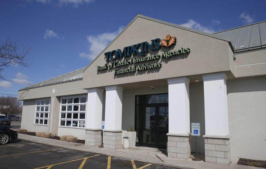 Tompkins Bank of Castile opened its first Buffalo-area branch in Amherst. (Robert Kirkham/Buffalo News)