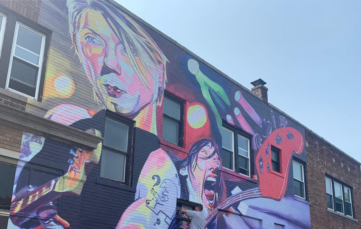 Buffalo artist unveils new Goo Goo Dolls mural on Hertel