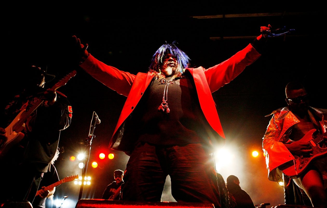NEW ORLEANS - OCTOBER 31: George Clinton and Parliament Funkadelic perform during the 2009 Voodoo Experience at City Park on October 31, 2009 in New Orleans, Louisiana.  (Photo by Sean Gardner/Getty Images)