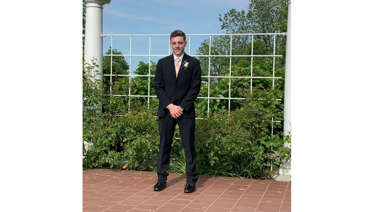 Frontier student killed in car crash was driving to memorial fundraising race