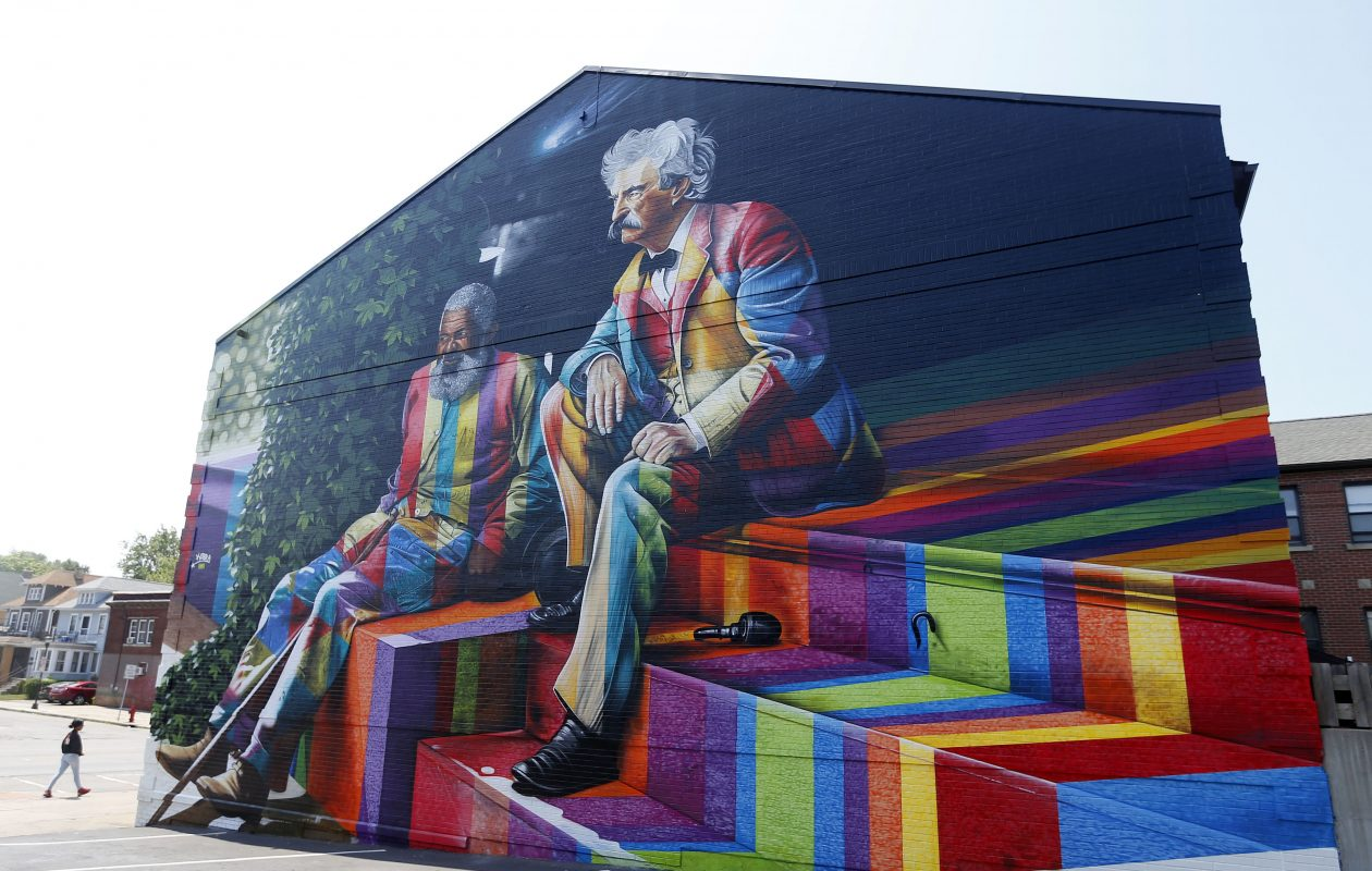 New in North Buffalo: A Mark Twain tribute from 'biggest mural artist in the world'