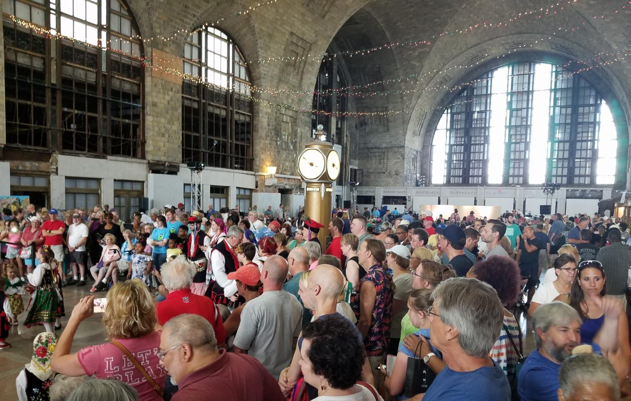 East Side Festival draws throngs to the Central Terminal