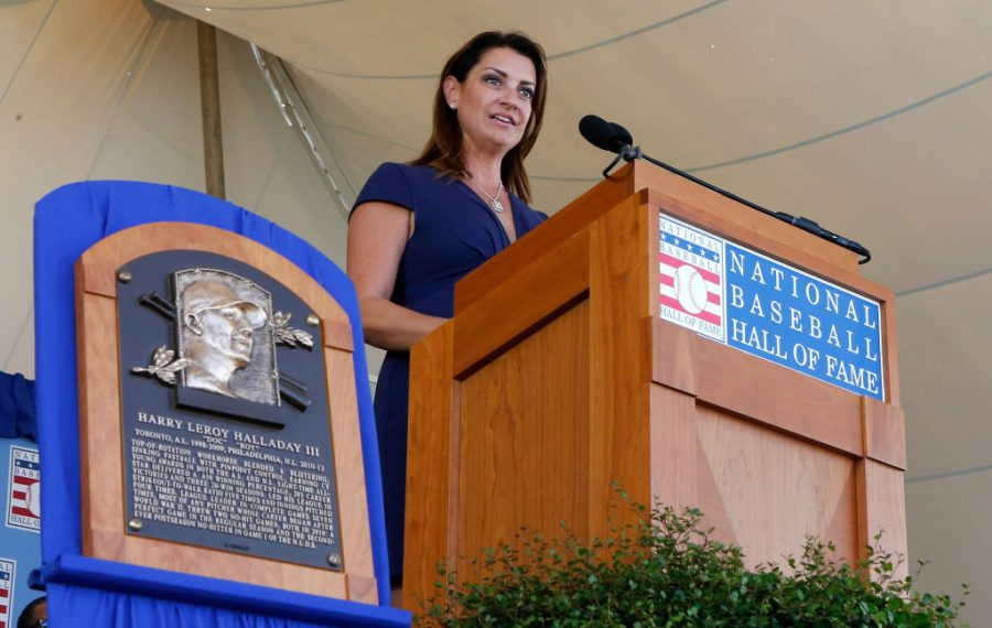 Brandy Halladay speaks on behalf of her late husband, Roy Halladay, during the Baseball Hall of Fame induction ceremony at Clark Sports Center in Cooperstown. (Getty Images)