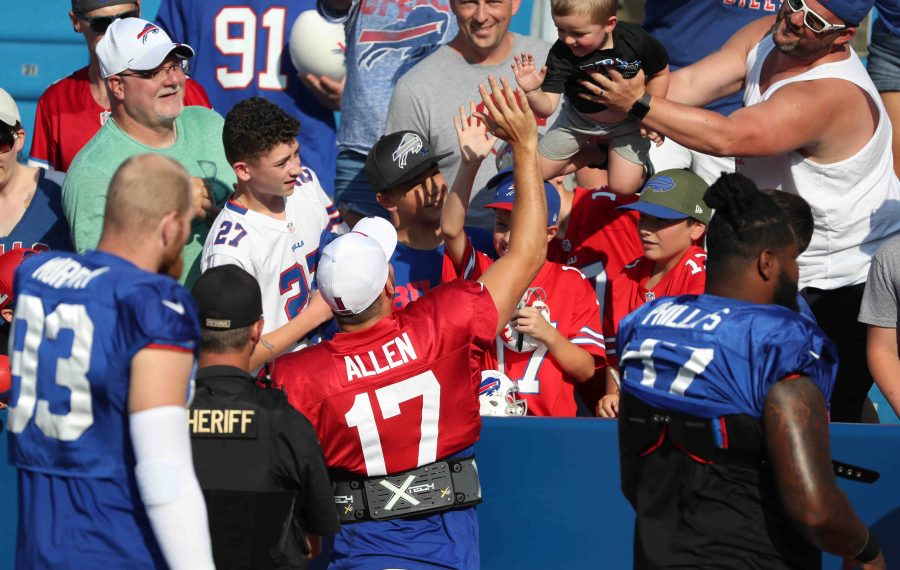 Why Jeff Glor, William Fichtner and other notable Bills fans are embracing Josh Allen