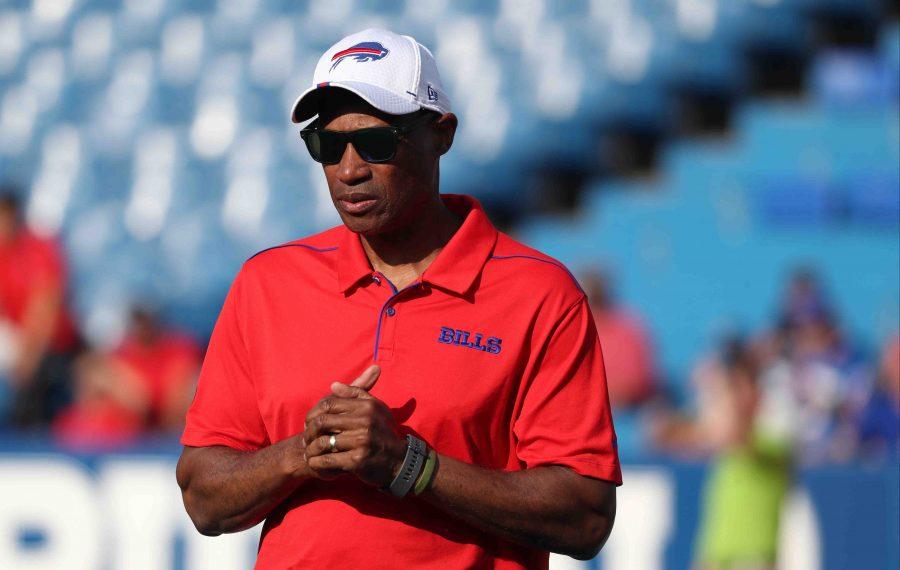 Bills defensive coordinator Leslie Frazier. (James P. McCoy/Buffalo News)