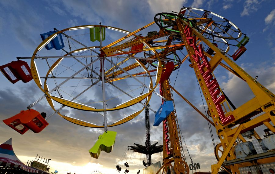 Like old friend, double Ferris wheel returns to Erie County Fair skyline