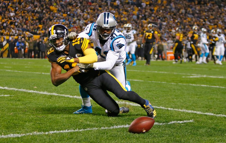 Captain Munnerlyn of the Carolina Panthers breaks up a pass intended for JuJu Smith-Schuster of the Pittsburgh Steelers.  (Justin K. Aller/Getty Images)